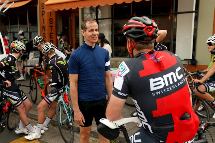 Astro Motel: Catering to the Cycling Crowd - Visit Santa Rosa